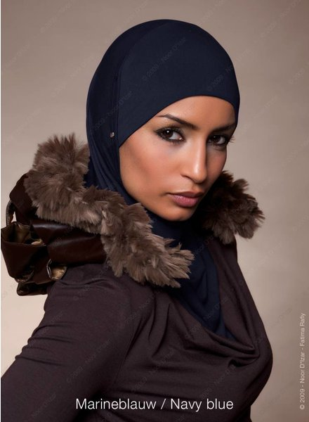 Noor D*Izar Suraya - Marineblauw