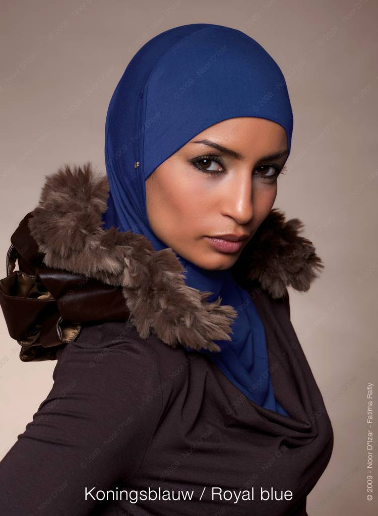 Noor D*Izar Suraya hijab - Royal blue