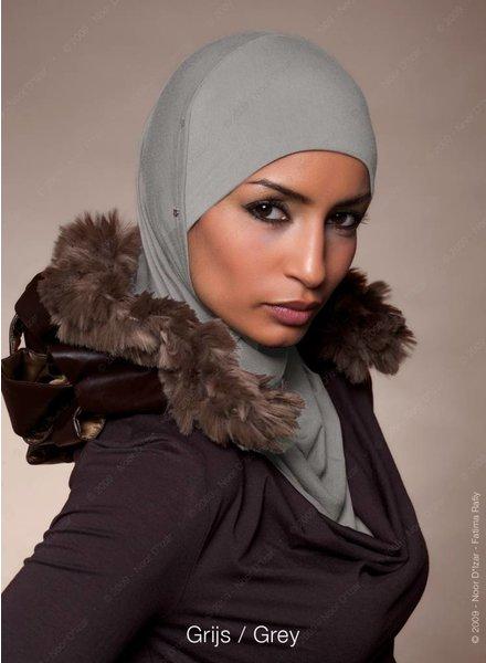 Noor D*Izar Suraya - Grey