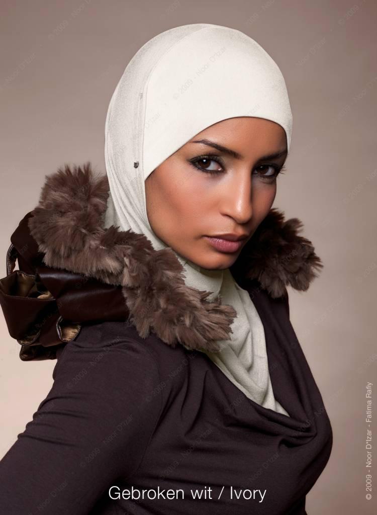 Noor D*Izar Suraya hoofddoek - Gebroken wit