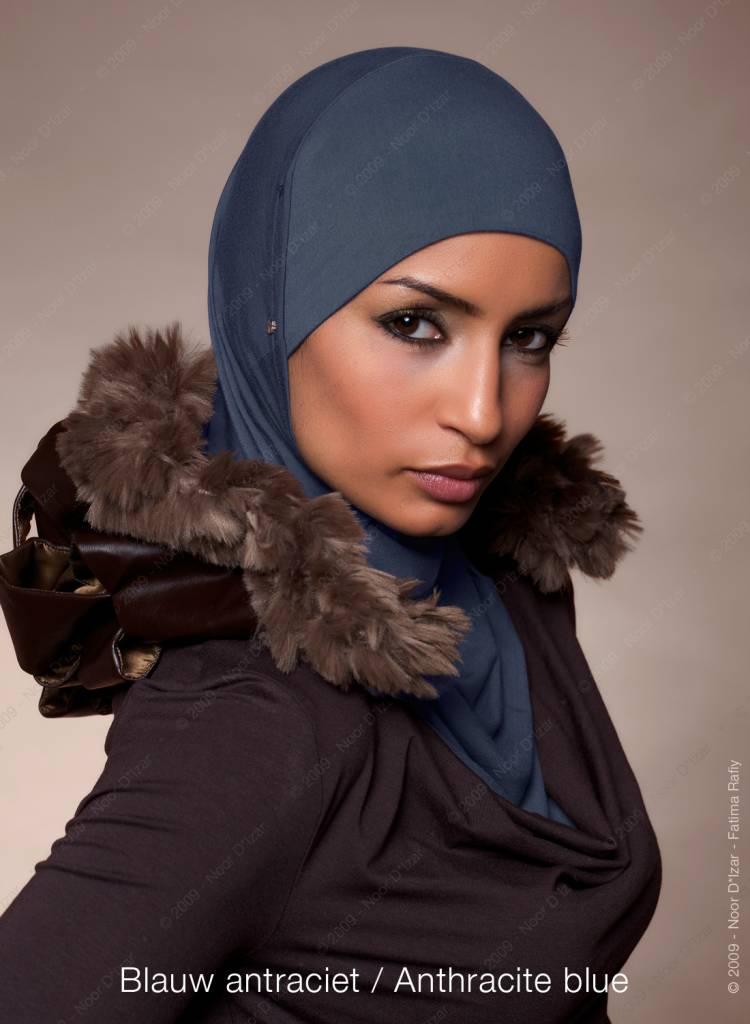 Noor D*Izar Suraya hoofddoek - Blauw antraciet