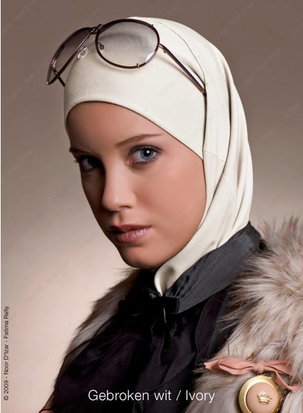 Noor D*Izar Imsar - Gebroken wit