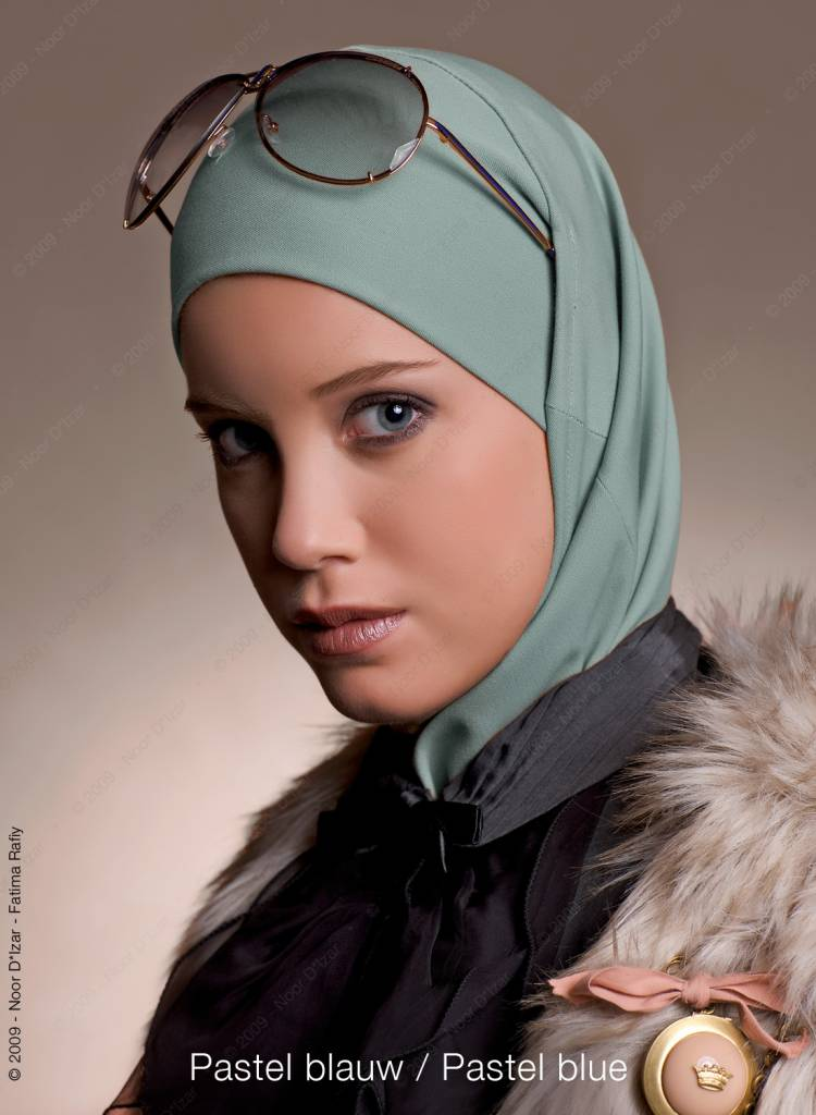 Noor D*Izar Imsar hijab - Pastel blue