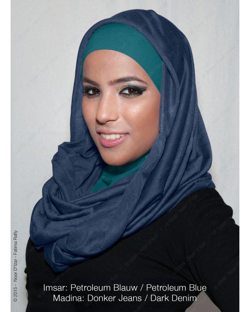 Imsar hoofddoek petroleum blauw & Madina kokersjaal donker Jeans