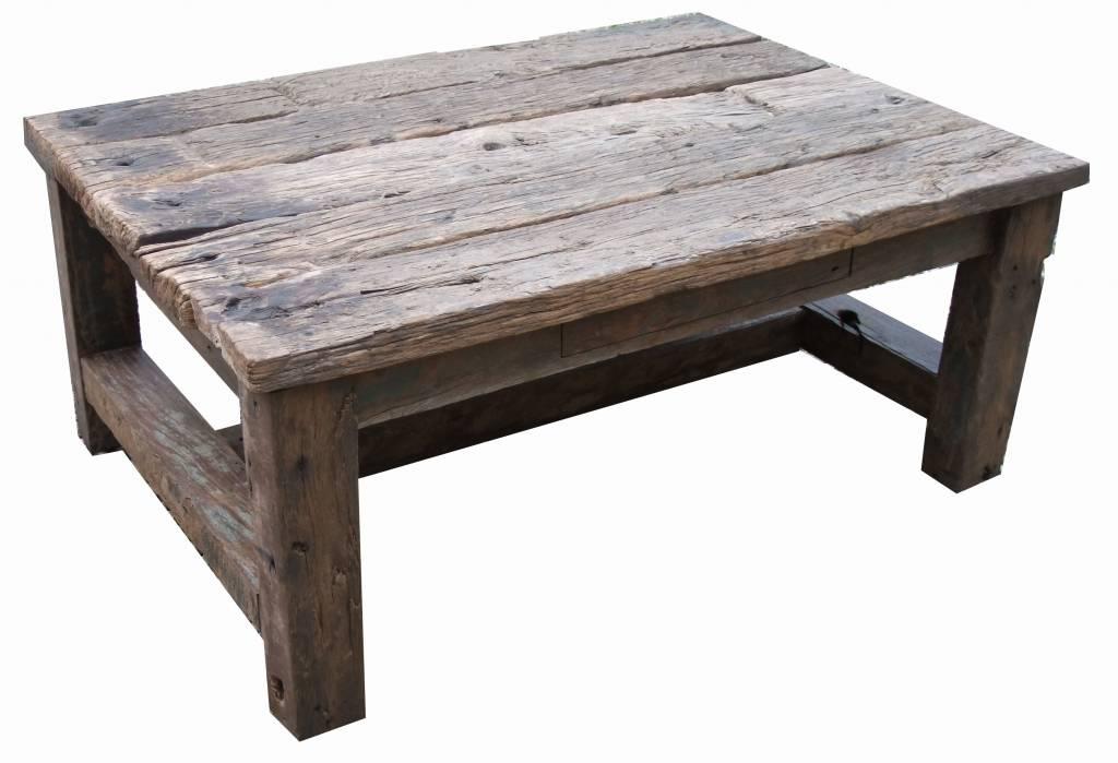 Salontafel van oude houten balken   Leefhuus