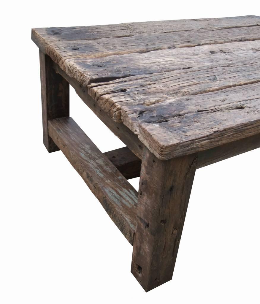 Salontafel van oude houten balken - Leefhuus