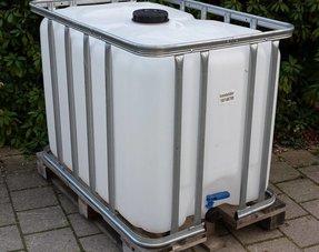 ibc wassertank 600l kaufen jetzt online bestellen ibc tank ibc gitterbox regenwassertank. Black Bedroom Furniture Sets. Home Design Ideas