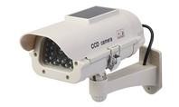 Silverline Zonnepaneel aangedreven nep CCTV beveiligingscamera met LED