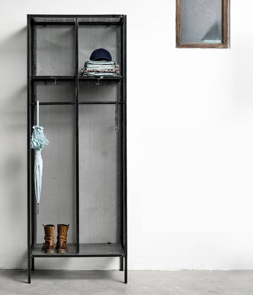 dressing vestiaire industriel en m tal raw nordal petite lily interiors. Black Bedroom Furniture Sets. Home Design Ideas