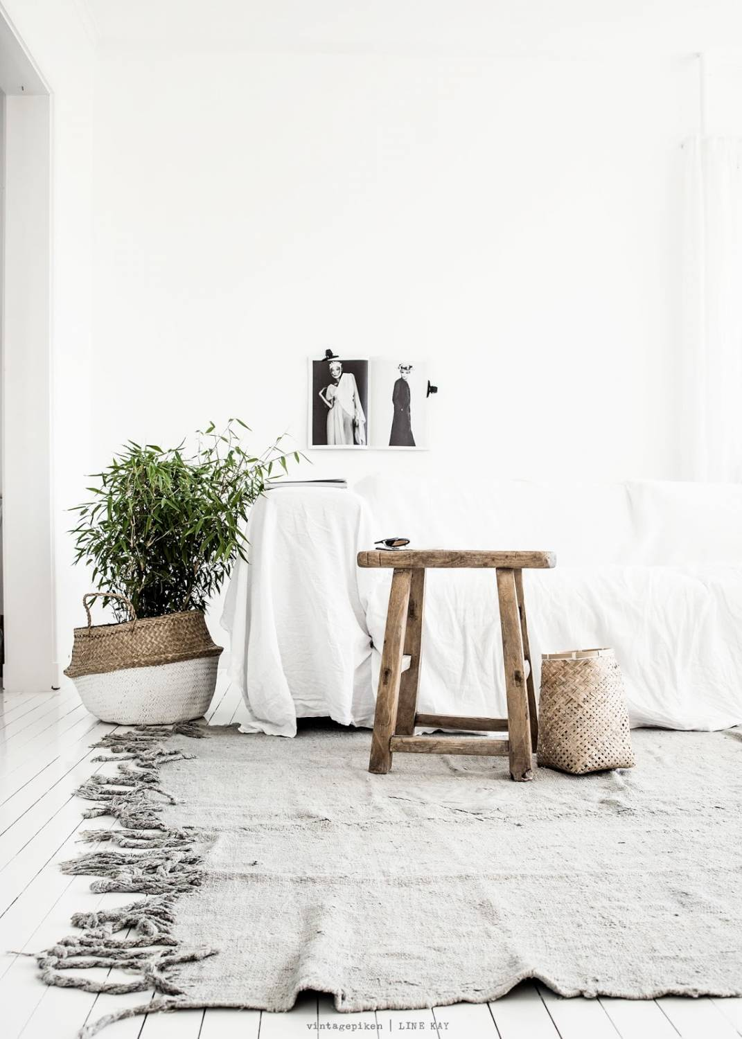 le bois d 39 orme bois ethnique dans une d co scandinave petite lily interiors. Black Bedroom Furniture Sets. Home Design Ideas