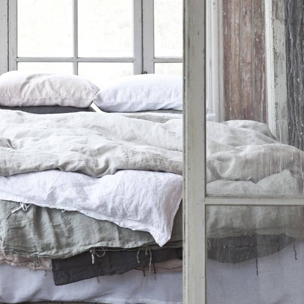 housse de couette 100 lin lav 240x220cm bleached. Black Bedroom Furniture Sets. Home Design Ideas