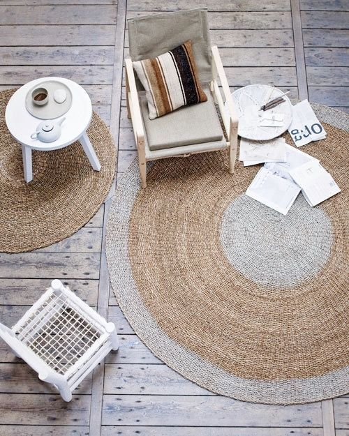 Moroccan chair Household Hardware and round rug Bloomingville - Styling by VT Wonen.nl