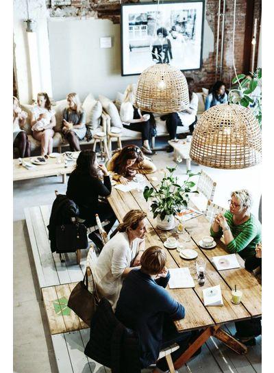 Hotspot à amsterdam : Coffee & Coconuts - vu sur daniellucasfaro.com