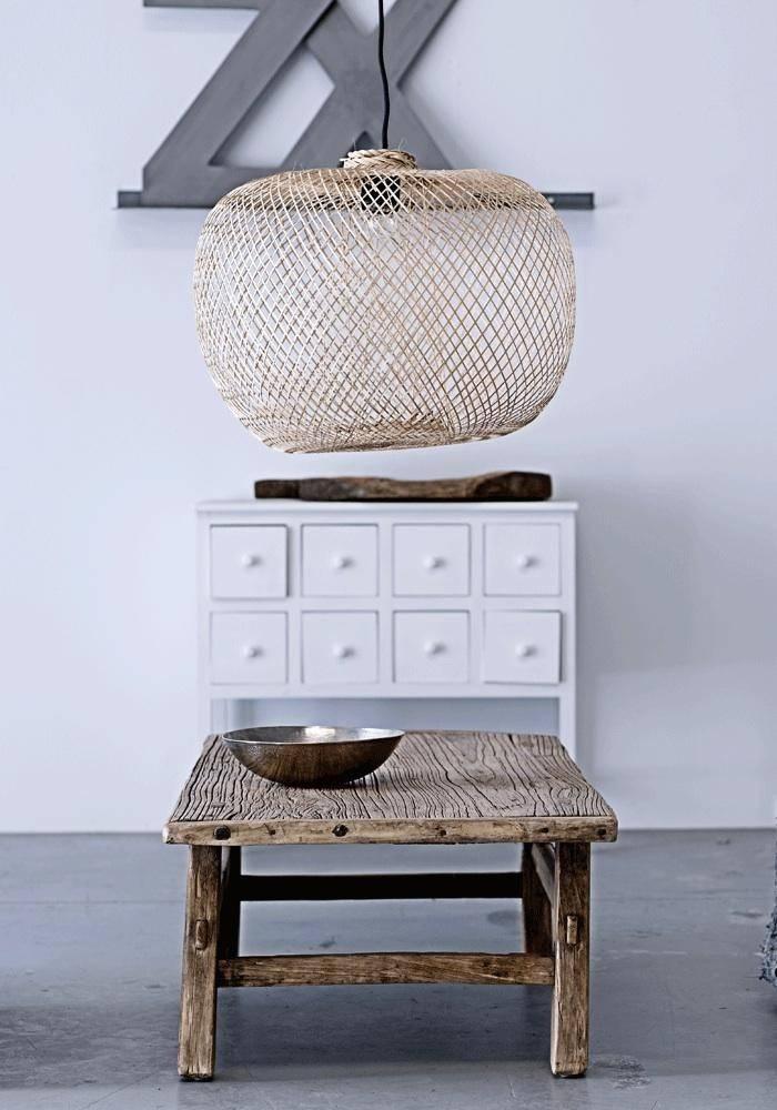 lustres et suspensions en bambou tr s tendance vu sur. Black Bedroom Furniture Sets. Home Design Ideas