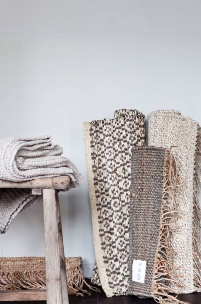 tell me more tapis toile de chanvre naturel 200x300cm. Black Bedroom Furniture Sets. Home Design Ideas