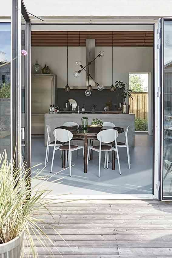 house doctor molecular pendant lamp black h78 house doctor petite lily interiors. Black Bedroom Furniture Sets. Home Design Ideas