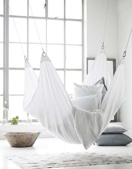 Intérieur pur et blanc avec une touche scandinave ethnique - Vu sur French By Design