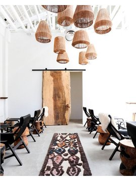 Pure and ethnic ambience in this Boho Chic Spa in Los Angeles - Spotted at Intagram @thenowmassage