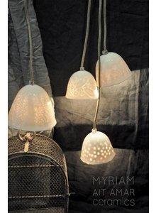 Myriam Ait Amar Ceramics lámpara de cerámica con grabado dentro - grandes guisantes patrón - Myriam Ait Amar Cerámica