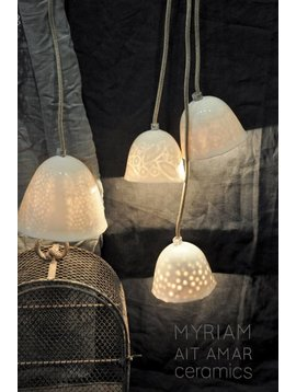 Myriam Ait Amar Ceramics ceramic lamp with engraved inside - lace pattern - Myriam Ait Amar Ceramics