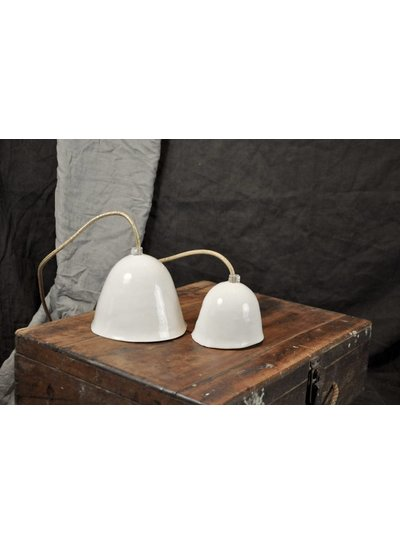 Myriam Ait Amar Ceramics Lampe en céramique avec intérieur gravé - motif dentelle- Myriam Ait Amar Ceramics