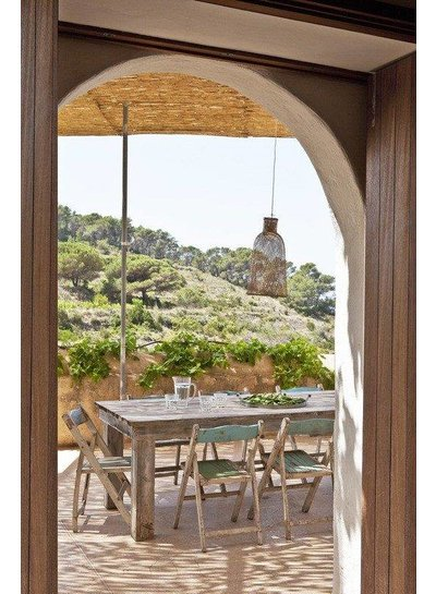 Beautiful styling of a holiday apartment on the island of Ibizas - from Welcome Beyond