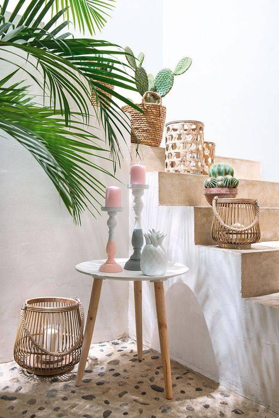 Relajante decoraci n exterior con cactus y accesorios de for Accesorios de decoracion