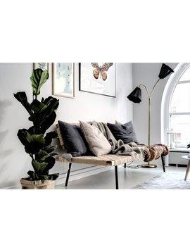 Déco Scandinave relaxante sur une base grise combinée a du lin et à la couleur sable- vu sur Planetedeco.fr