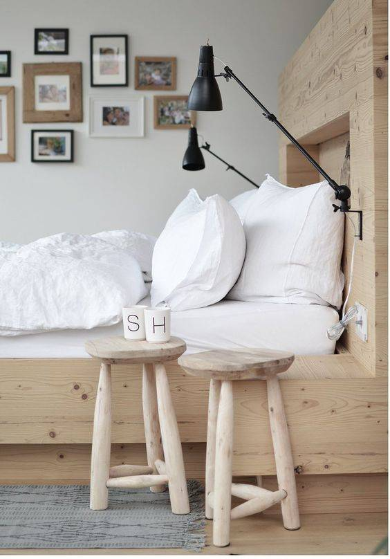 Wooden chairs by House Doctor in this Inspiring DIY bedroom setting in white, black and lots of natural! Spotted at frenchyfancy.com
