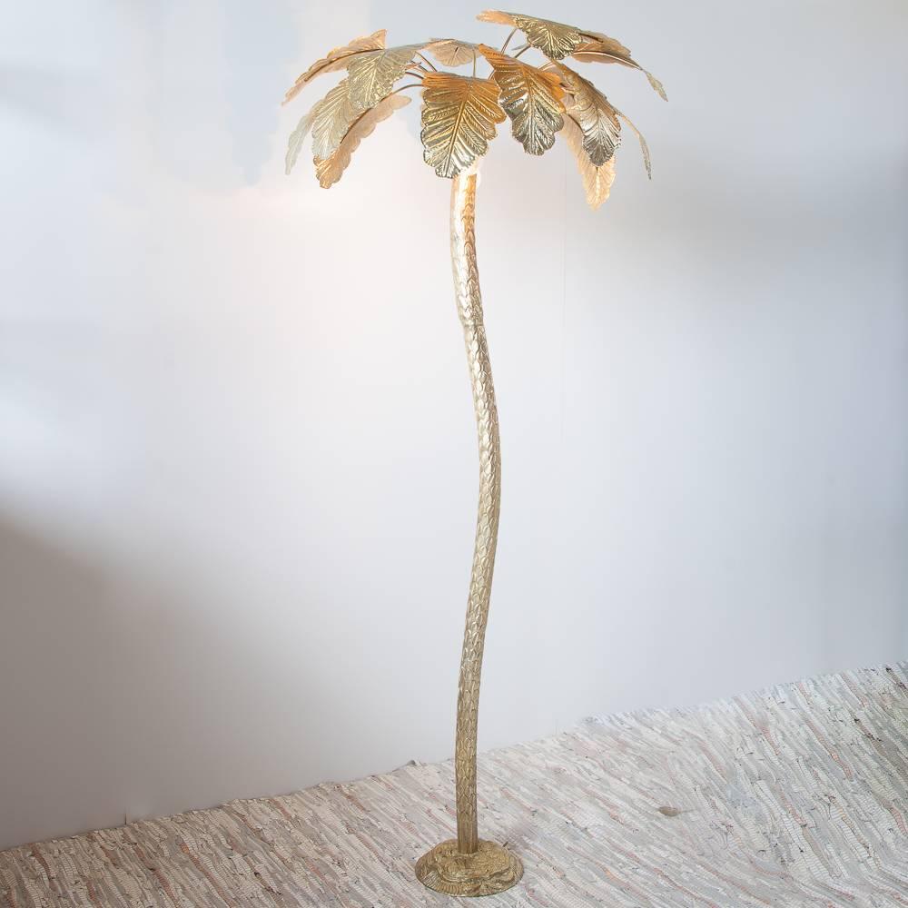 Lampe de bureau tripod avec fini or bross 35xh40 cm for Lampe sur pied avec tablette