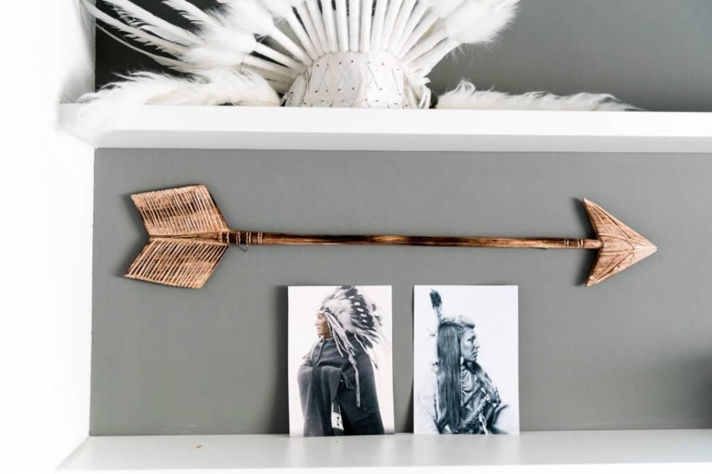 MaduMadu Colgadura de madera teca - Flecha- 75x15cm - MaduMadu