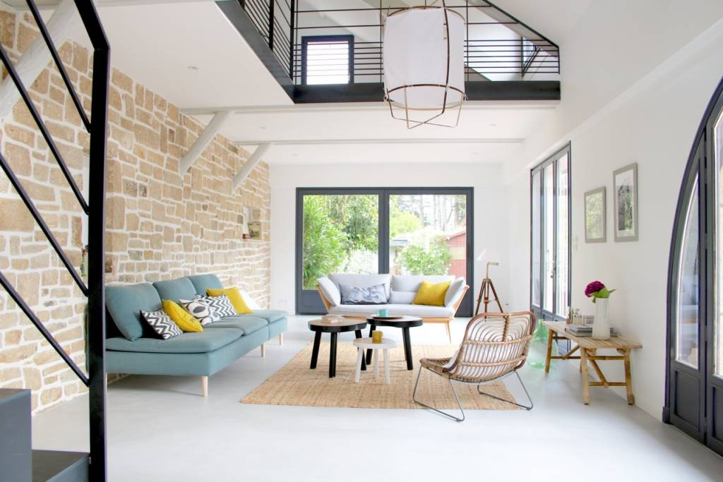 Regardez le résultat impressionnant Avant/Après de l'aménagement intérieur réalisé par notre client Into Interior Design!