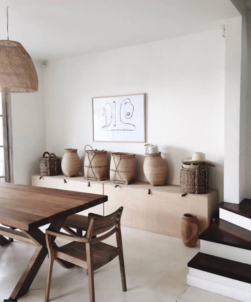 This sereen accommodation in Bali 'Villa Arjuna' in Karangasem feels like an abstract version of a bohemian decor - seen on instagram