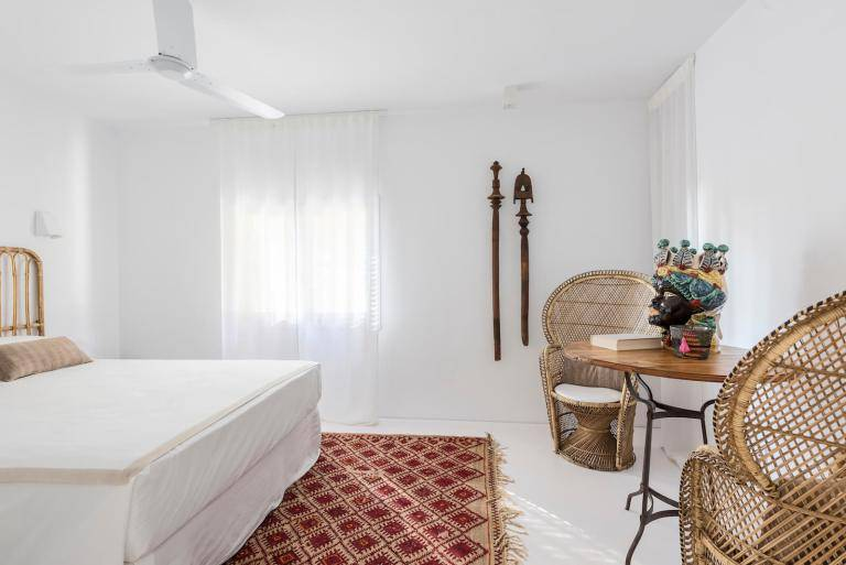 Boho vibes in the Spanish designers home spotted at Planet deco blog