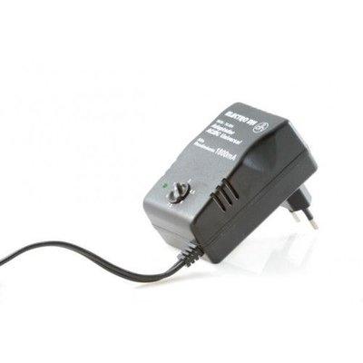 Adapter met 1,5 meter kabel AL102: 12V