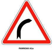 Panneau A1a  Virage à droite