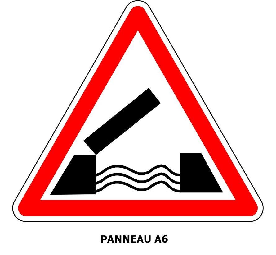 Panneau A6  Pont mobile