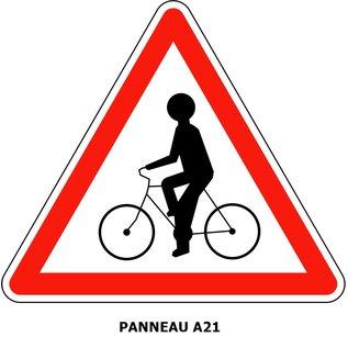 Panneau  A21 - Débouché de cyclistes venant de droite ou de gauche.