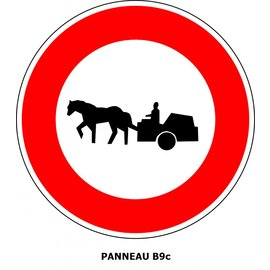 Panneau B9c  Interdit l'accès aux véhicules à traction animale