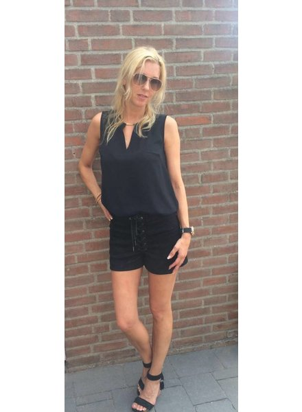 EIGHT PARIS Lace Up short zwart