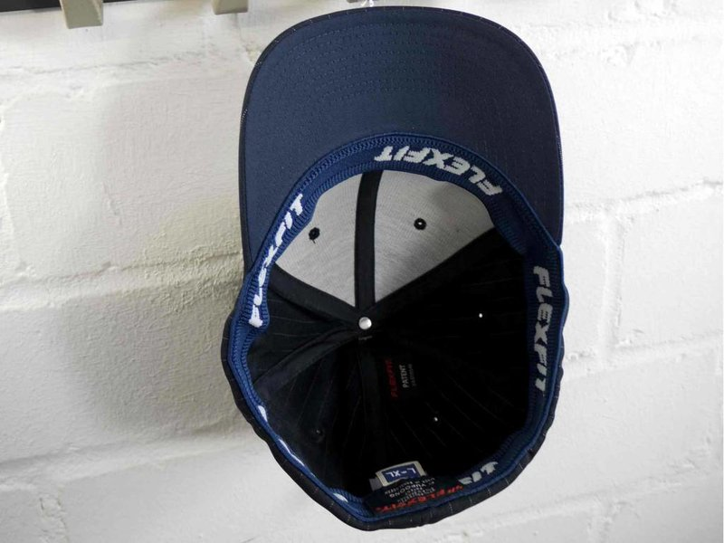 FLEXFIT Pinstripe Golf Cap