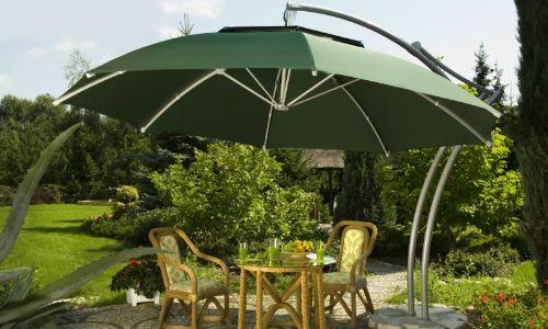 parasol in tuin