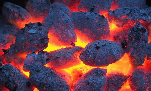 gloeiend houtskool