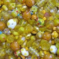 Glaskralenmix. Geel Fantasie. mooie kwaliteit 50 gram.