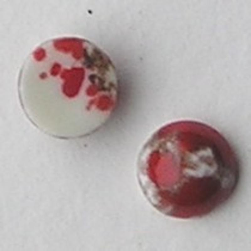 Cabochon. Gemeleerd Rood Wit. Glas. Rond. 8mm.