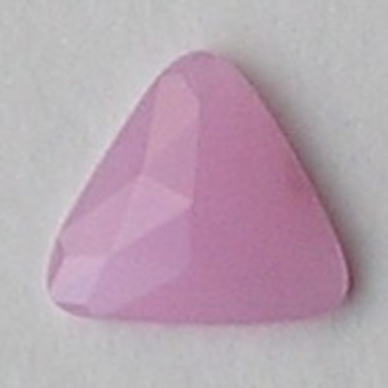 Cabochon. 25x25mm. Roze Opal. Glas. Driehoek.