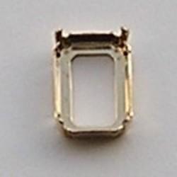 Rijgkastje. Goudkleurig. 13x18mm. rechthoekig 2 Gaats in de Lange Kant.