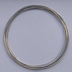 Memorie wire. 0,6mm. Diameter 11,5 cm. 6 windingen voor een ketting