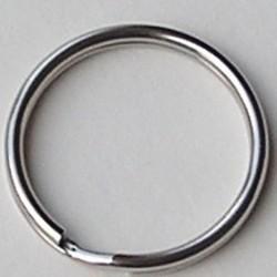 Sleutelring. Klein. 24mm. Zilverkleurig.