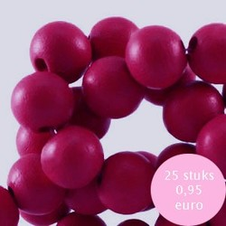 Houten kraal. 8mm. Fuchsia Red.